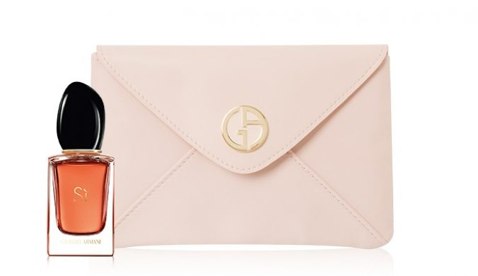 Darček k nákupu - Sí Eau de Parfum Intense a listová kabelka Giorgio Armani